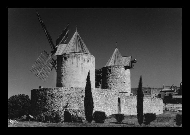 Regusse Windmills
