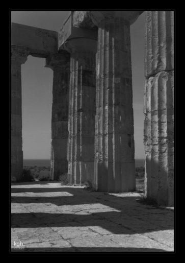 Column Shadow